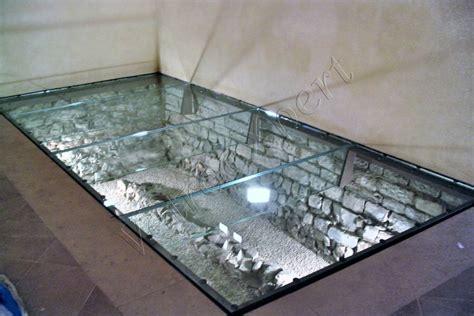 pavimento vetro calpestabile scale pavimenti ascensori vetroexpert roma
