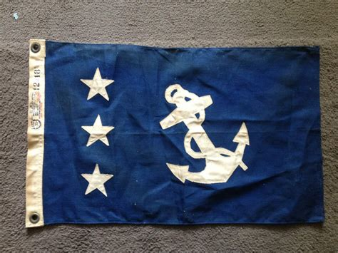 need help identifying 2 small ship boat flags - Small Boat Flags
