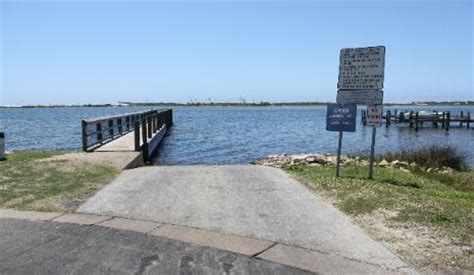public boat launch near destin fl destin boat rs guide to launching your boat in the