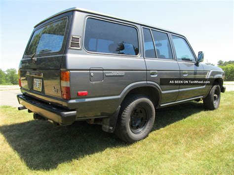 toyota land rover 1990 1990 toyota land cruiser fj pictures to pin on pinterest