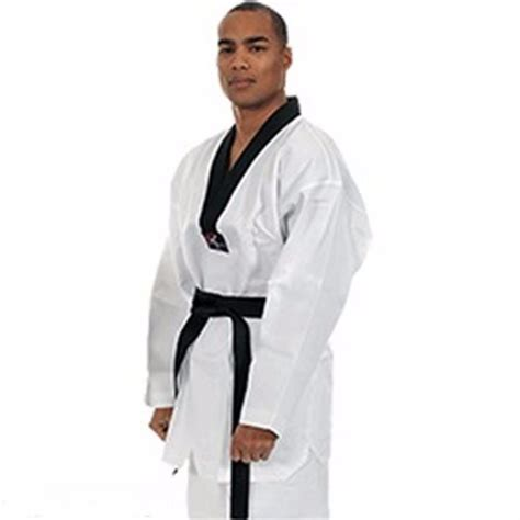 Hapkido A Comprehensive System From Beginner To Advanced Philippe Pinerd beginner to black belt martial arts dvds foto