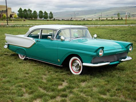 Ford Fairlane by 1000 Images About 1957 Ford Fairlane Club Victorias On