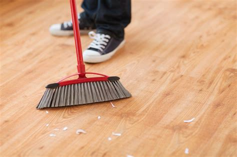 how to sweep hardwood floors sweep the floor houses flooring picture ideas blogule