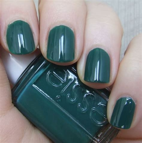 7 Most Fashionable Nail Polishes Of Today by Nail Colors For Skin Essie Going