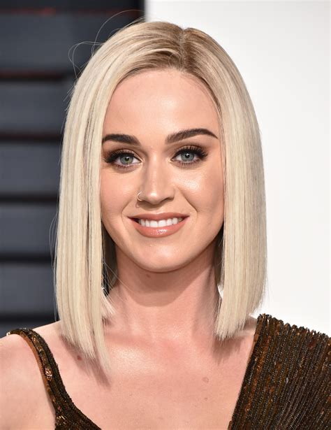 Katy Perry Sweepstakes - katy perry calls out her red carpet photo with quinoa stuck in her teeth twist