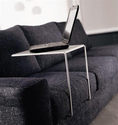 porta computer da divano le soluzioni per lavorare e leggere a letto casa design
