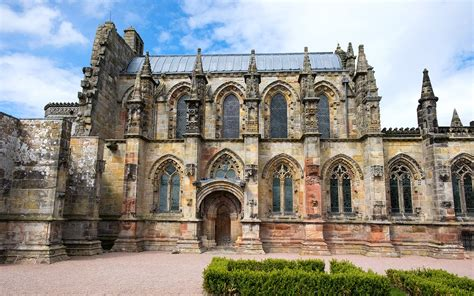 rosslyn chapel edinburgh and the tale of the chapel cat