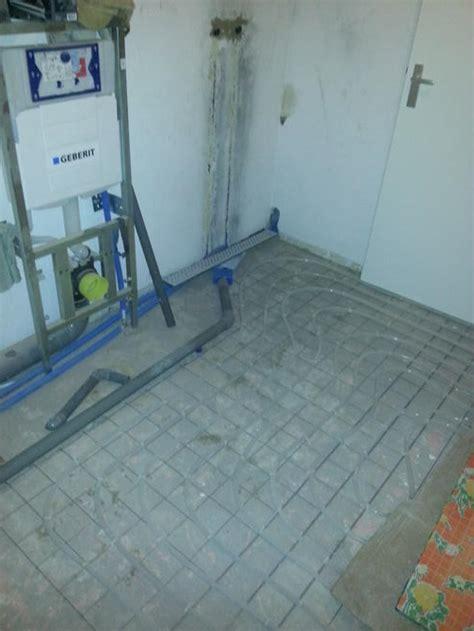 betonvloer badkamer waterdicht maken cementdekvloer badkamer storten en waterdicht maken werkspot
