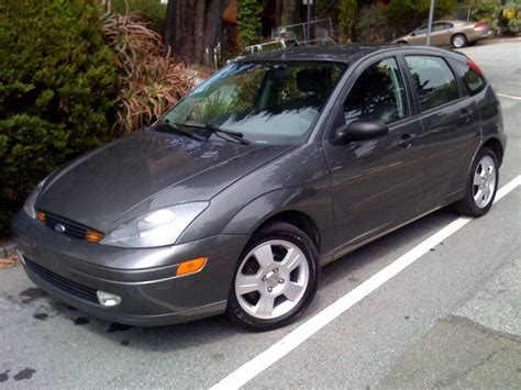 2003 ford focus overview cargurus