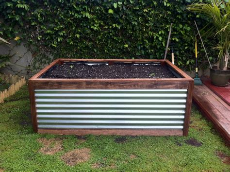 galvanized raised garden bed galvanized raised garden bed horse trough raised bed