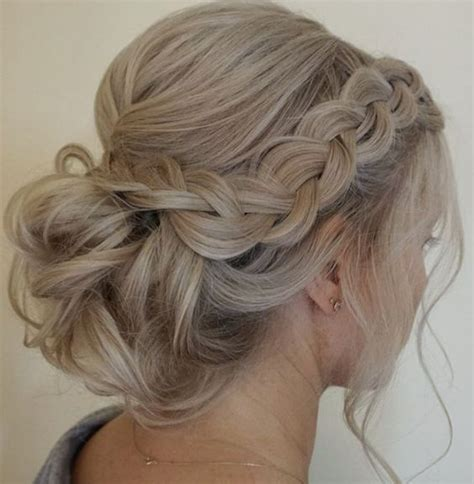 hairstyles to the side for bridesmaids best 25 bridesmaid hair ideas on pinterest bridesmaids