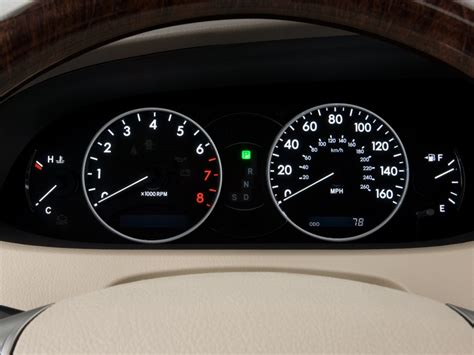 how cars run 2006 toyota avalon instrument cluster image 2010 toyota avalon 4 door sedan limited nat instrument cluster size 1024 x 768 type