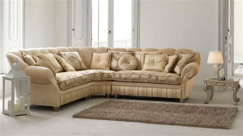 Beautiful Classic Sofas