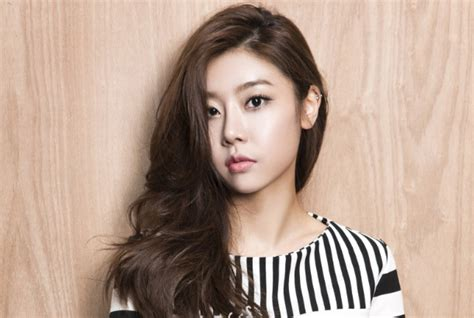girls day sojin profile member girl s day s sojin makes instagram account private after