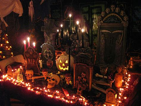 halloween home decor for interior and exterior best home very scary indoor halooween decors with candles skulls and