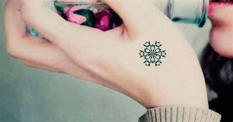 73 ideas de tatuajes peque 241 os