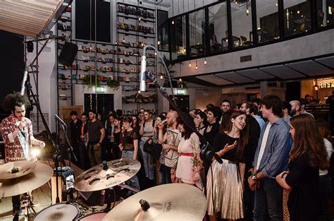 live rome live alcazar live food drinks screenings