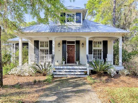 25 best ideas about tin roof house on metal