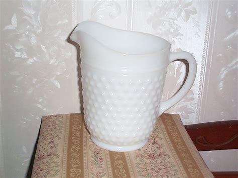 antique barware vintage collectible glassware anchor hocking hobnail milk glass 8in pitcher item 413