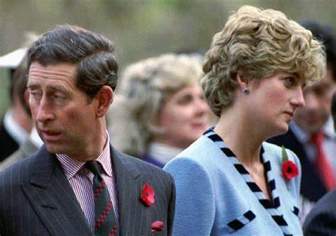 princess diana and charles queen elizabeth ii ordered princess diana to divorce