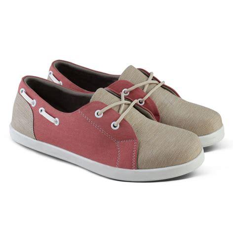 Sepatu Sandal Wanita Sneaker sepatu sneaker wanita 4 pilihan elevenia