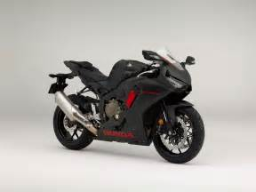 Honda Cbr1000r Here Is The Base Model 2017 Honda Cbr1000rr