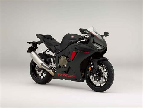 cbr model here is the base model 2017 honda cbr1000rr