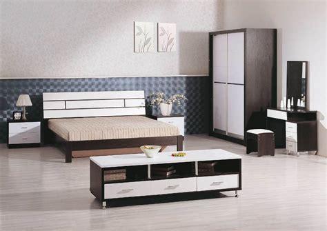 tips designing small sized bedrooms bigger minimalist home homedizz
