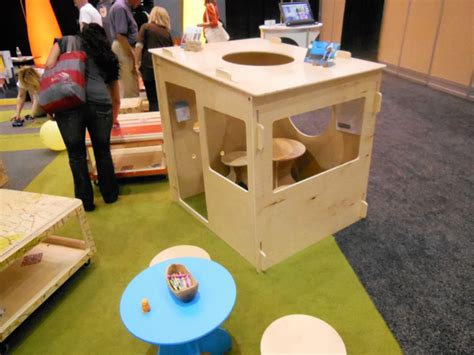 playhouse dwell com playtime for all at dwell on design lightopia s blog