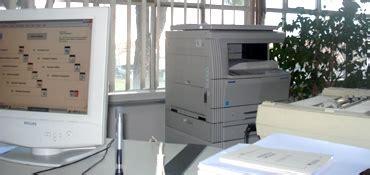 ufficio amministrativo reparti e uffici