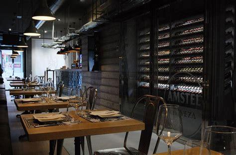 laras de interior modernas dise 241 o interiorismo y decoraci 243 n restaurante las cavas