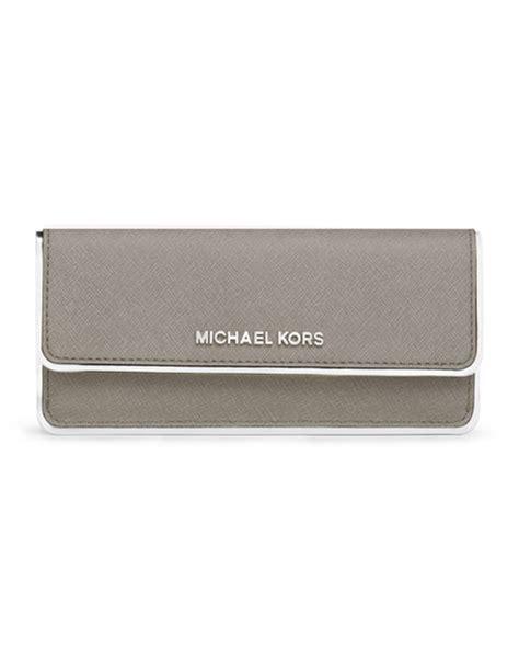 New Mk Specchio Set Wallet michael michael kors jet set travel specchio flat wallets