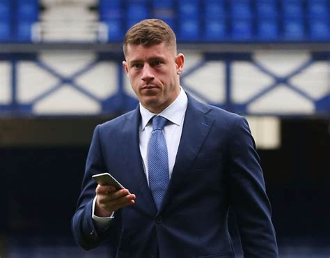 Ross Background Check Ross Barkley The As Everton Players Arrive For Arsenal Clash Sport