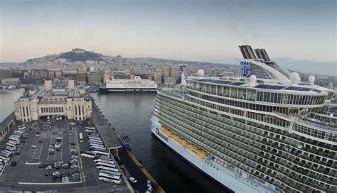 terminal porto napoli porto di napoli terminal crociere la cura dello yacht