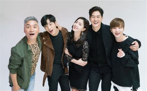 mad dogs cast cast of new drama quot mad quot sends chuseok greetings to viewers soompi