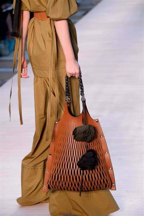 Bag Fashion best 25 fashion bags ideas on handbags bags