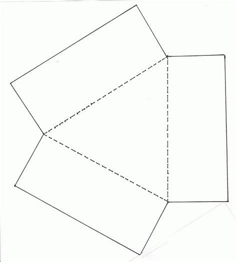moldes de cajas de regalo triangulares para imprimir carton y papel septiembre 2011
