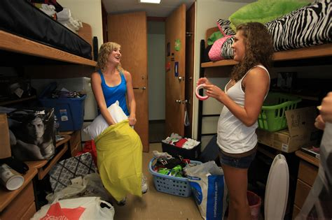 room mates bad roommates can ruin college experience dixie sun news