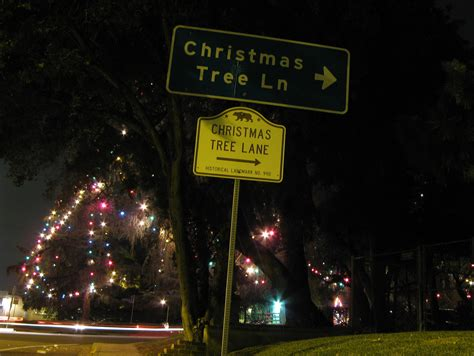 what are the dates for christmas tree lane in fresno here comes santa claus right tree los angeles magazine