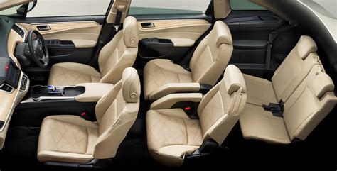 6 Sitzer Auto by Honda Jade Hybrid Six Seater Mpv Debuts In Japan Carscoops
