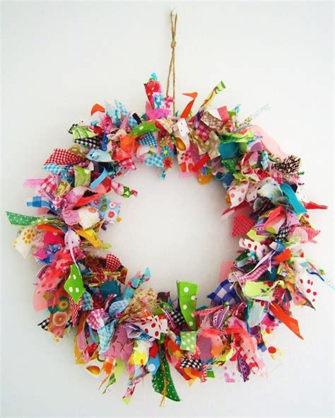 wreaths crafts projects scrap fabric wreath tutorial other great scrap ideas