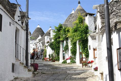 houses in italy trulli of alberobello itay world for travel