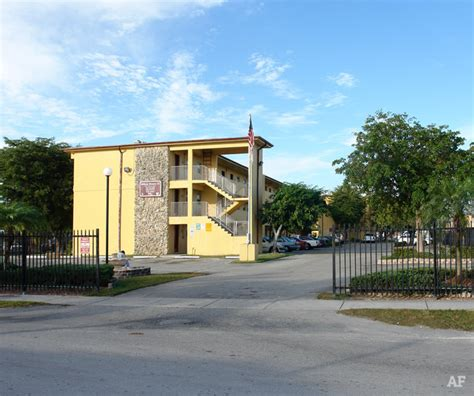 milton appartments milton manor homestead fl apartment finder