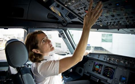 wheres  captain    passengers   female pilots