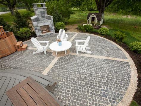 diy gravel and paver patio how to install a cobblestone system how tos diy