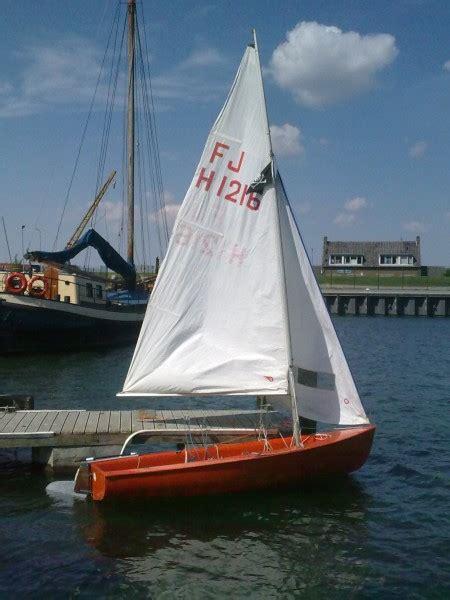 zeilboot met open spiegel watersport en boten te koop rond flakkee