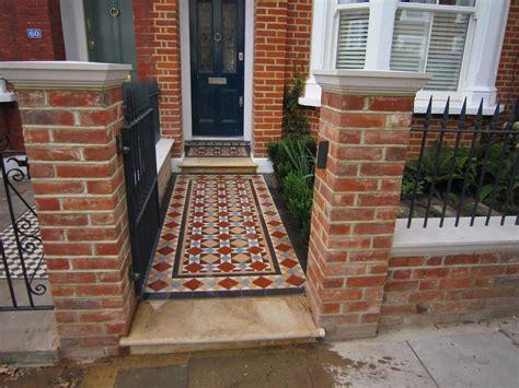 Build A Victorian House victorian terrace front garden www planttrap com