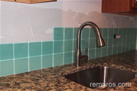 how long does it take to install kitchen cabinets estimating time necessary for kitchen backsplash installation