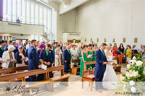 small wedding packages cardiff weddings at new house hotel cardiff wedding photographers cardiff als photography