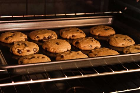 Oven Cookies chocolate chip cookie tips for the chocolate chip cookie reader s digest